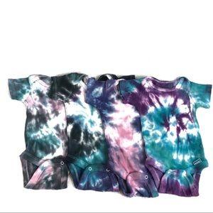 📦 Newborn Infant Custom Tie Dye Set of 4 Onesies